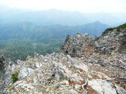 22ライオン岩山頂から