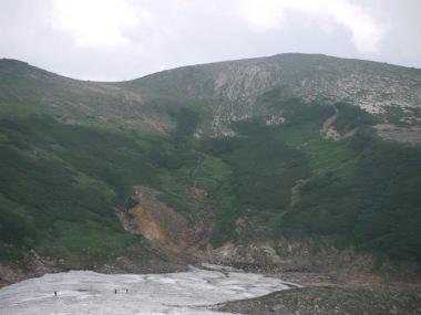 避難小屋から見る緑岳