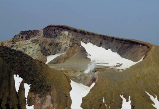 sIMG_2841阿寒富士から見た噴火口