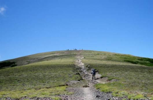 s2013-08-03 赤岳~黒岳縦走 151北海岳山頂
